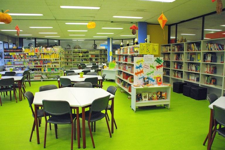 Humboldt-Bibliothek.JPG