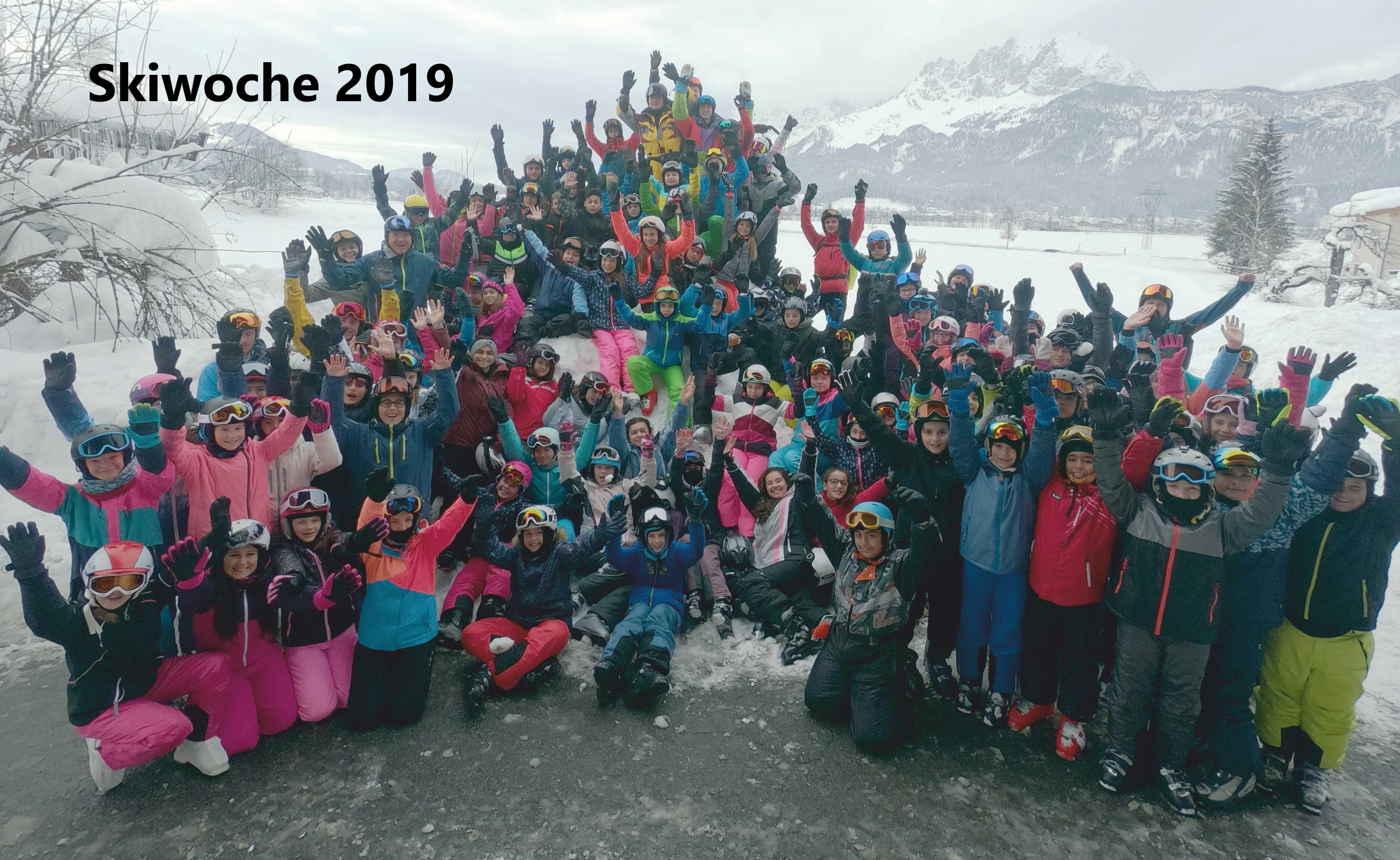Gruppenphoto Skiwoche 2019.jpg